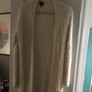 American eagle Fuzzy sweater